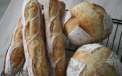 Chleba ze sušeného droždí